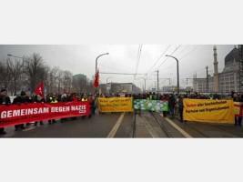 Menschen auf einer Straßendemonstration